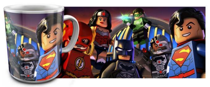 kr 2.16 680x284 - Кружка белая - Супер Герои Лего, Бэтмен, Супер Мен, Чудо-женщина