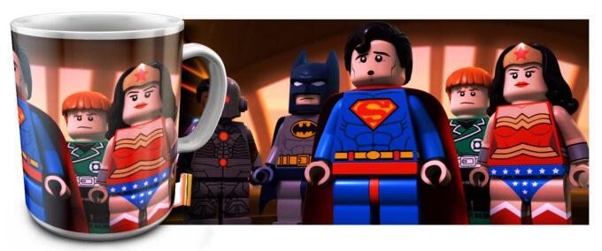 kr 2.22 680x284 - Кружка белая - Супер Герои Лего, Чудо Женщина, Супермен, Бэтмен
