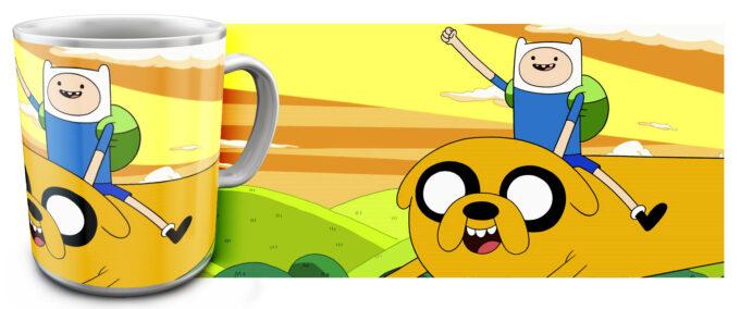 kr 4.5 680x284 - Кружка белая - Adventure Time, Финн едет на Джейк