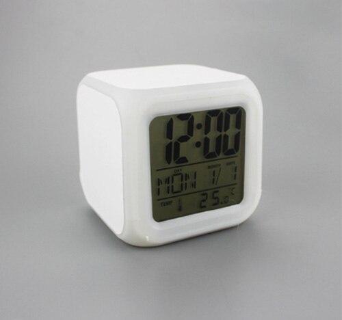 10 - Часы будильник LED